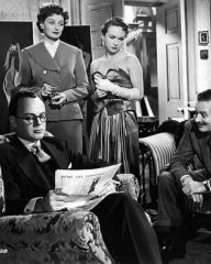 Derek Farr (as Bruce Banning), Helen Cherry (as Mary Banning), Joan Greenwood (as Sabina Pennant) and Guy Middleton (as Victor Manifold) in a photograph from Young Wives' Tale (1951) (5)