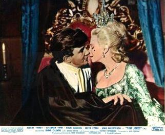 Lobby card from Tom Jones (1963) (11)
