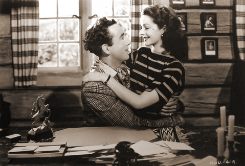 Dennis Price (as Richard Glover) and Margaret Lockwood (as Lucy) in a photograph from The White Unicorn (1947) (18)