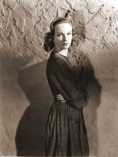 Joan Greenwood (as Lottie Smith) in a photograph from The White Unicorn (1947) (6)