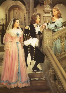 Margaret Lockwood (as Barbara Worth), Griffith Jones (as Sir Ralph Skelton) and Patricia Roc (as Caroline) in a photograph from The Wicked Lady (1945) (24)