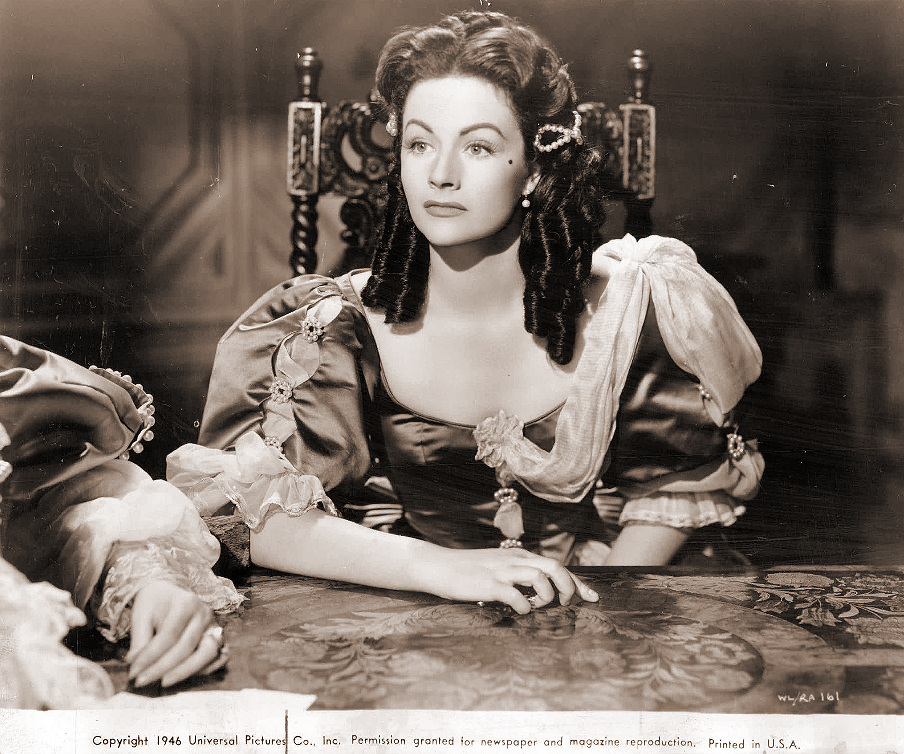 Margaret Lockwood (as Barbara Worth) in a photograph from The Wicked Lady (1945) (44)