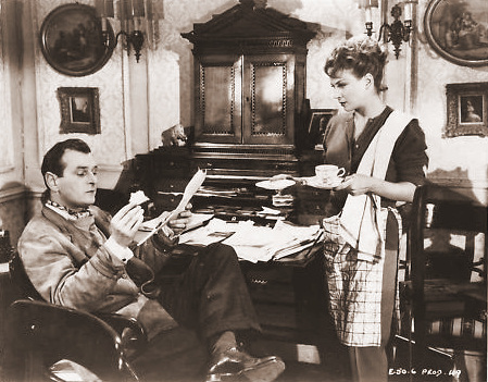 Nigel Patrick (as Rodney Pennant) and Joan Greenwood (as Sabina Pennant) in a photograph from Young Wives' Tale (1951) (8)